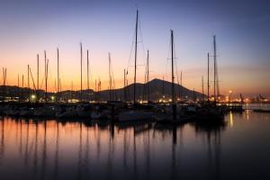 Ocaso en el puerto