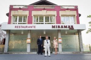 Sesión de Karlitos y familia en Restaurante Miramar